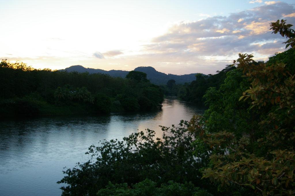 LatinA Tours Costa Rica Pedacito De Cielo Aussicht Fluss