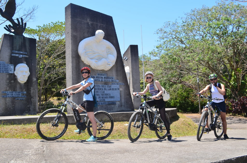 LatinA Tours Costa Rica Pura Vida E-Bike Tour
