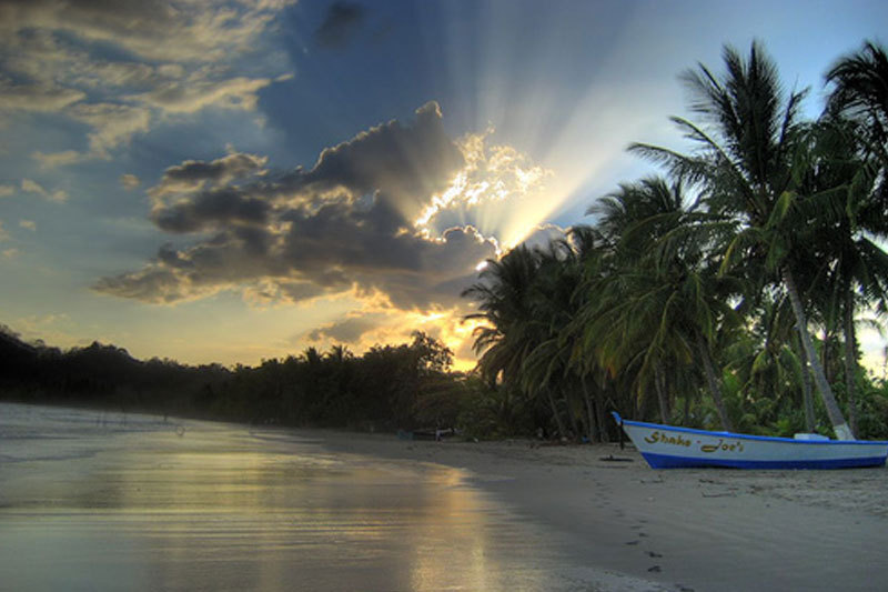 LatinA Tours Costa Rica Samara Strand Sonnenuntergang