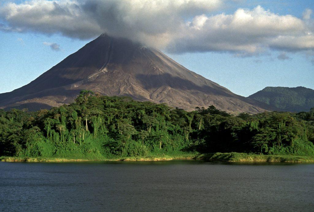 LatinA Tours Costa Rica Volcano Arenal