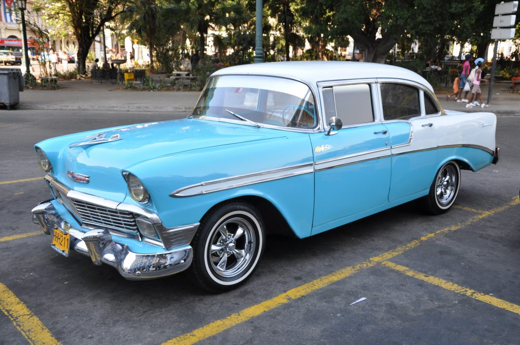 LatinA Tours Kuba La Habana - Excursion, Vintage Car, Parking, Occidental Region, Cuba