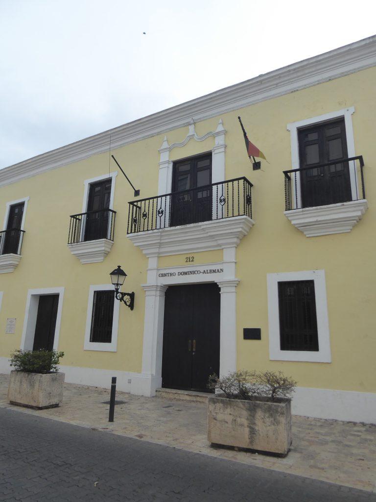 LatinA Tours DomRep Centro Dominico Aleman Santo Domingo