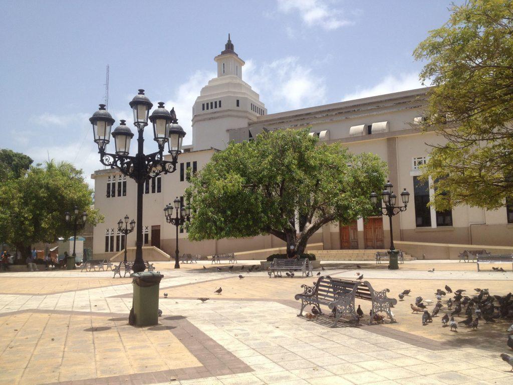 LatinA Tours DomRep - Puerto Plata - Parque Central, Church, City Tour, Excursion