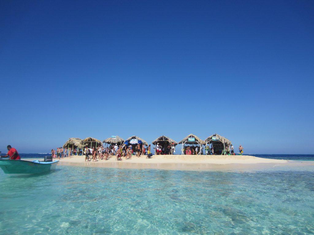 LatinA Tours Dominican Republic - Paradise Island, Cayo Arena, Snorkeling excursion