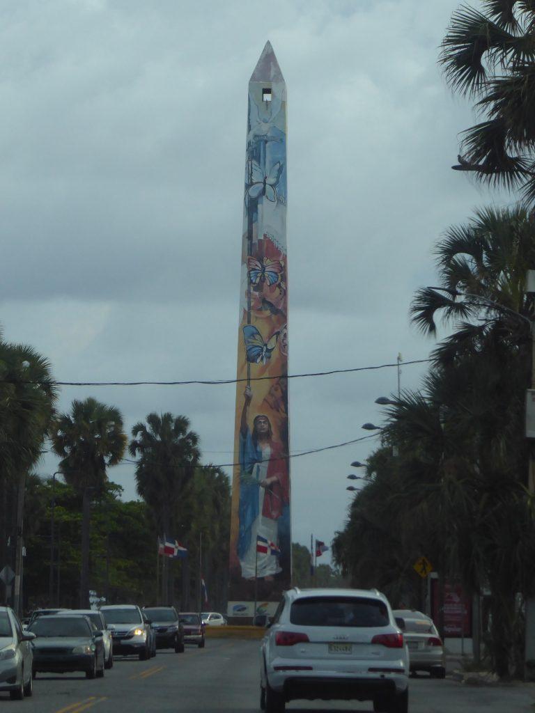 LatinA Tours Santo Domingo DomRep Obelisk Macho
