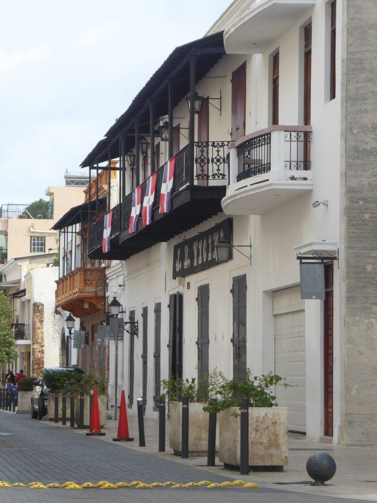 LatinA Tours Santo Domingo Zona Colonial Balkone