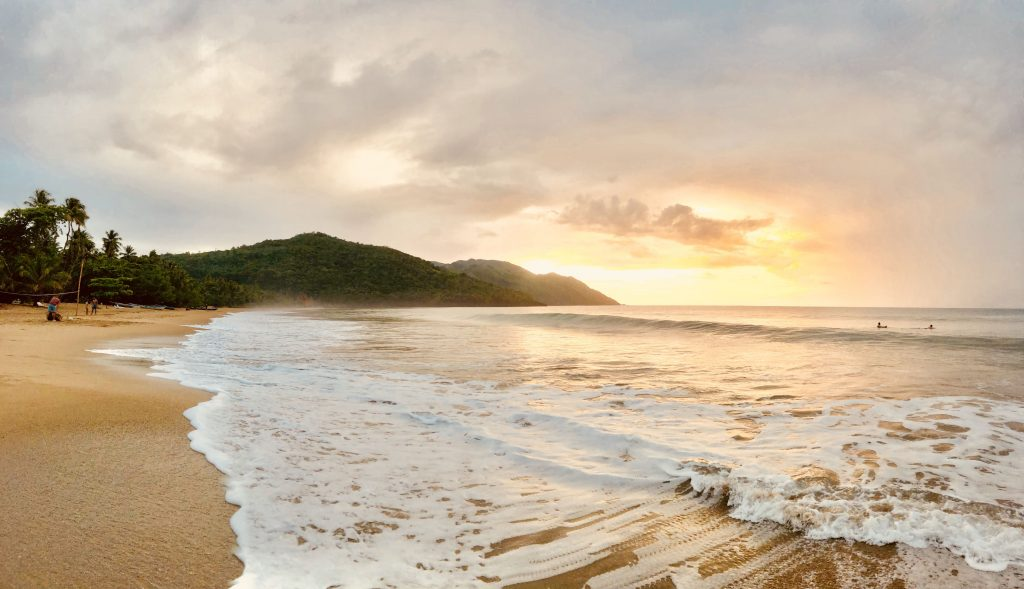 LatinA Tours Dominikanische Republik Samana Sonnenuntergang Strand