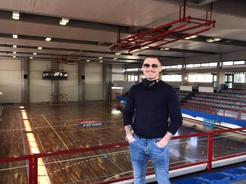 Michael Magnesi al palazzetto dello sport di Fondi