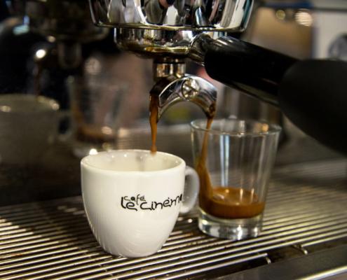 Decaffeinato Le Cinéma Café