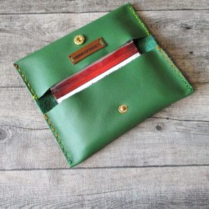 Tabaktasche Klippklapp grün Leder - Ledertaschenmanufaktur