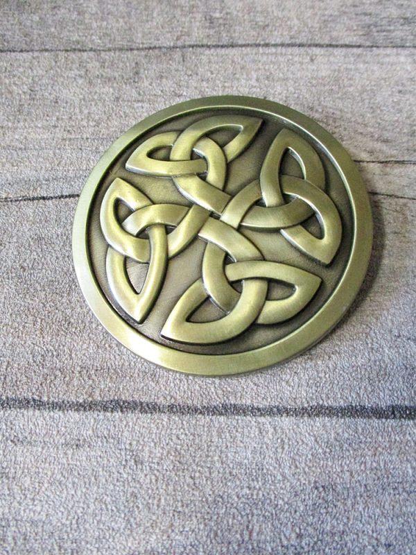 Gürtelschnalle Metallschließe Buckle messing Metall rund keltischer Knoten