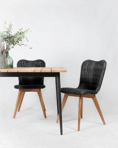 Teak tafel en stoelen