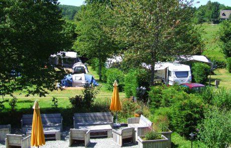 Terras op camping Le Soustran
