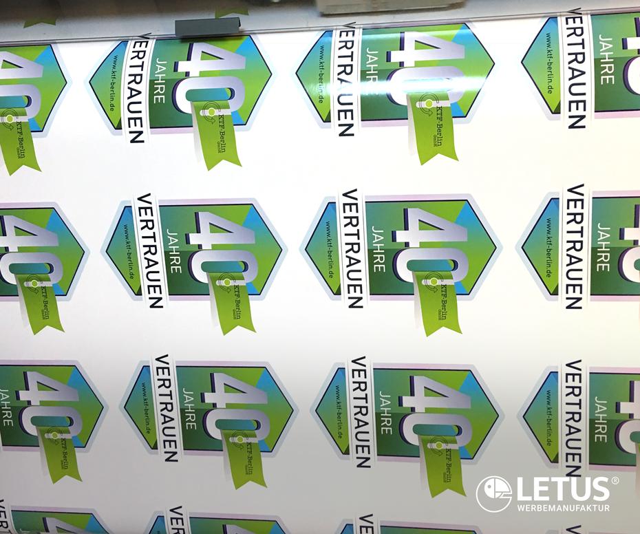 """Digitaldruck-Werbung für """"KTF"""""""