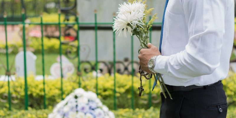 funeral-2511124_1280