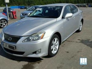 Lexus Breakers breaking Lexus IS 220D