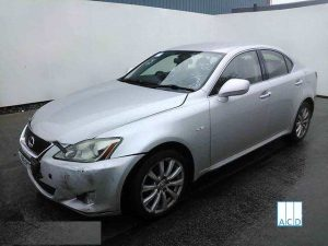 Lexus Breakers Breaking Lexus IS 220D SE