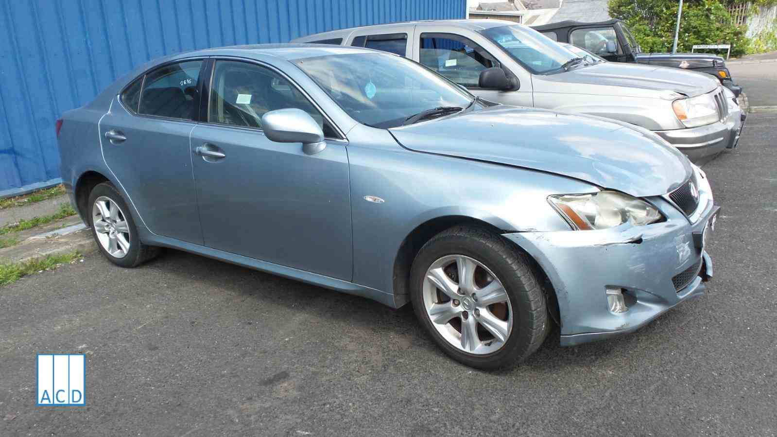 Lexus IS 220D used spares
