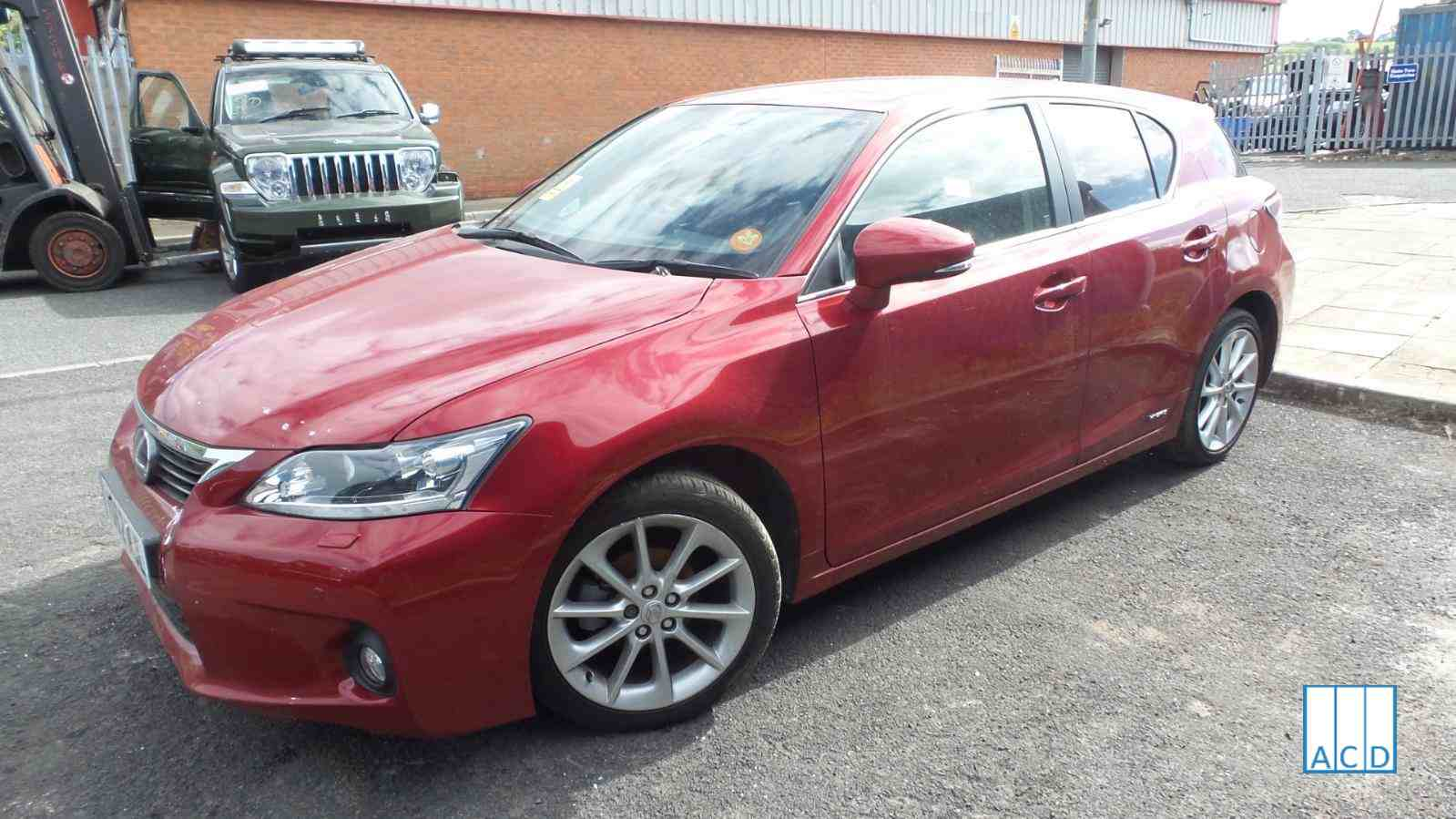 Lexus CT 200H SE used parts