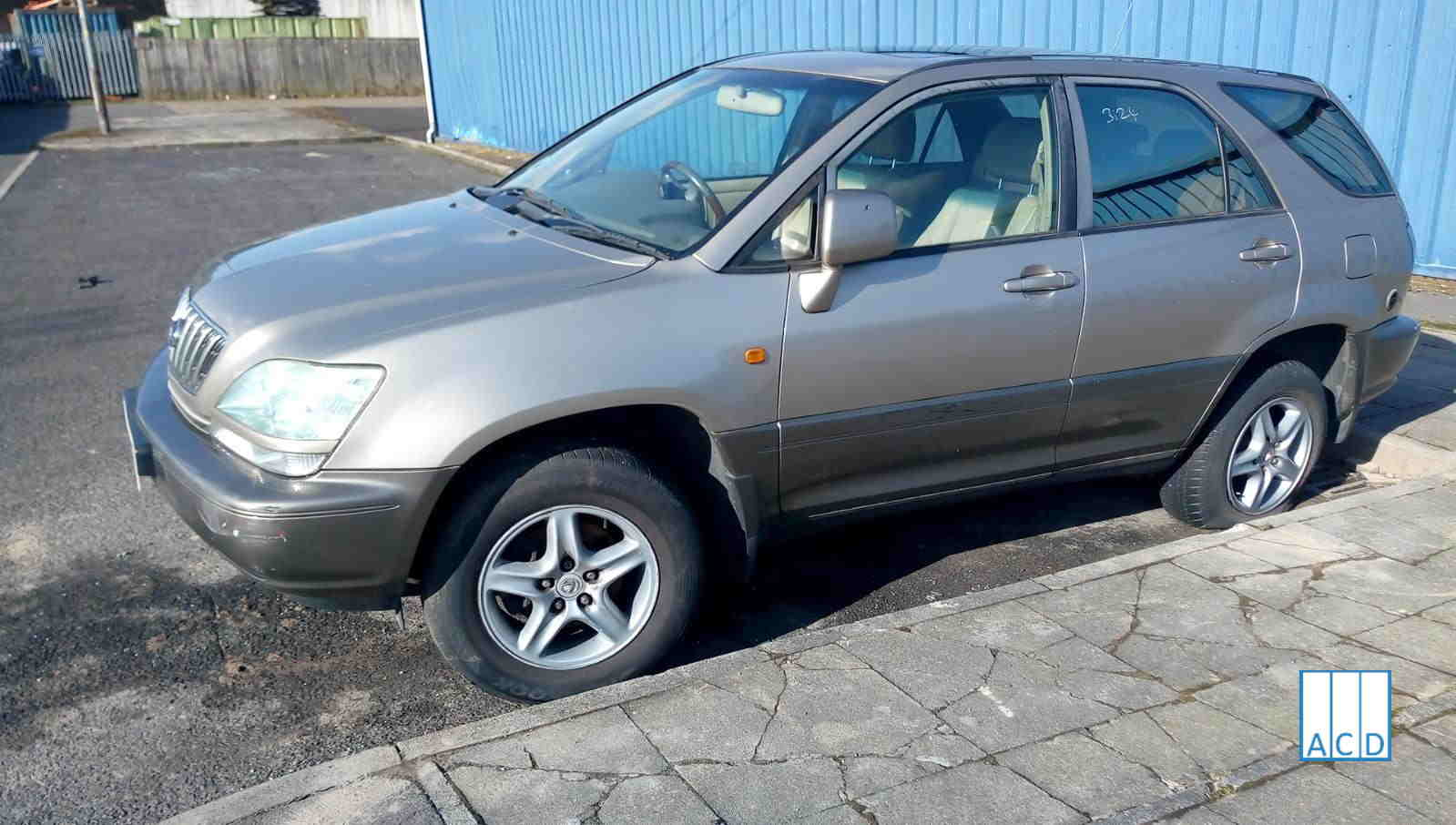 Lexus RX300 3.0L Petrol 4 - Speed Automatic 2002 #3124 01