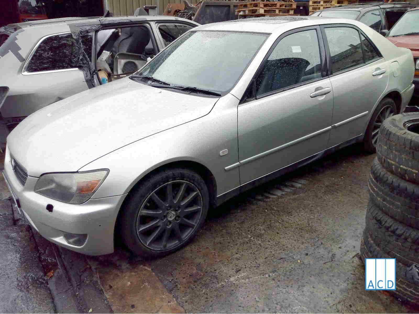 04 IS 200 Used parts for sale