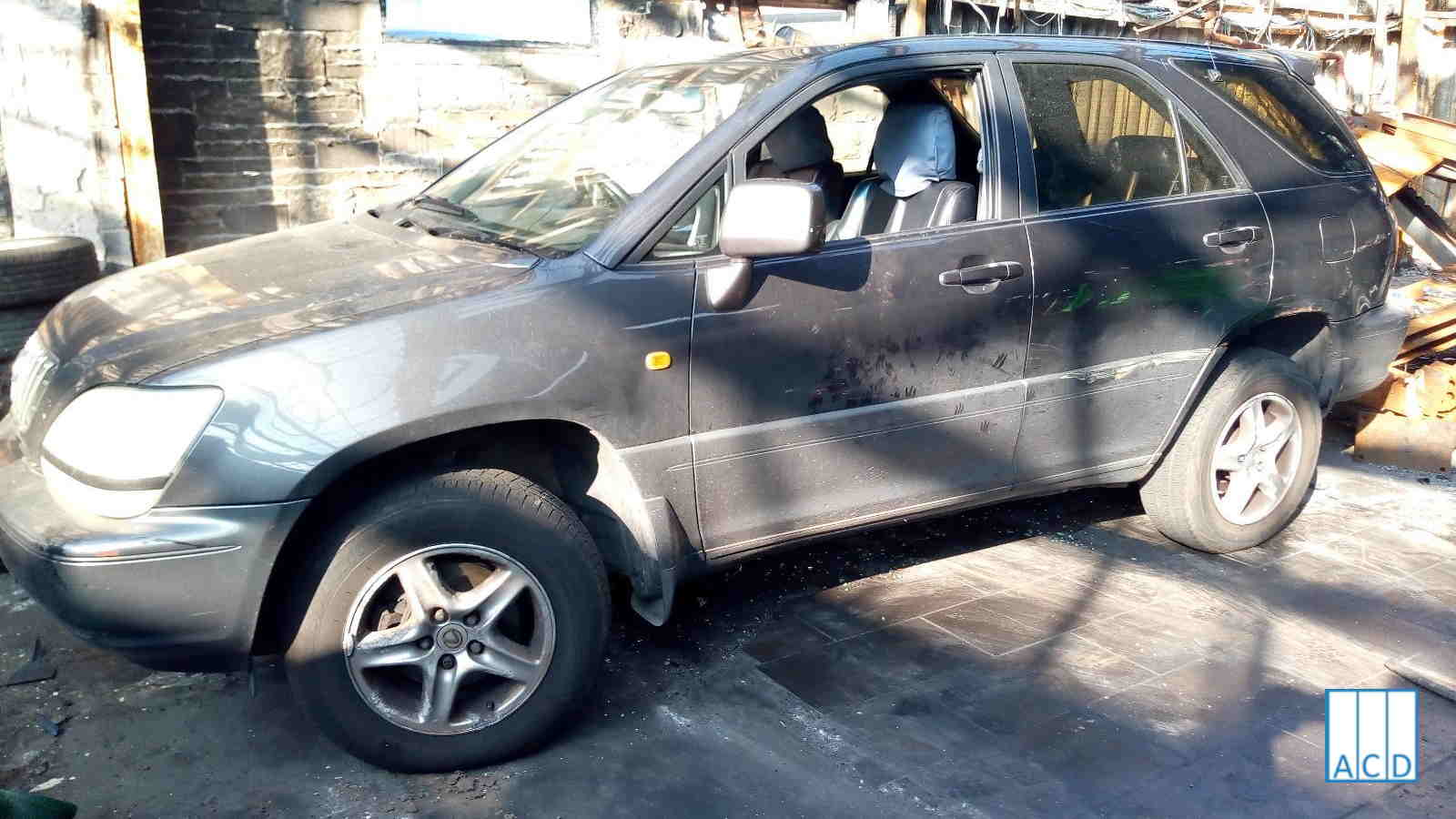 Lexus RX300 used parts for sale