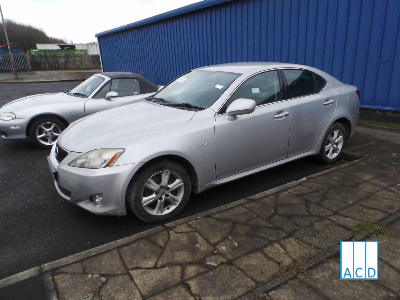 Lexus Breakers sell Lexus IS220D parts