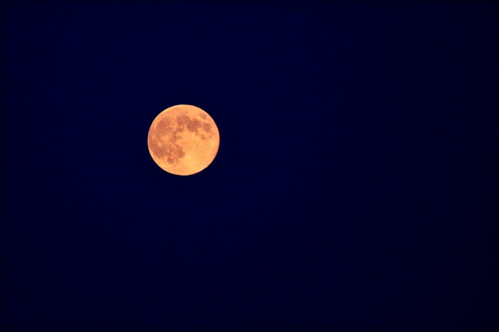 Full moon, photo by Mihaela Limberea