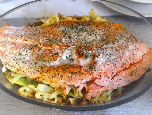 laks med fennikel og asparges, klar til servering