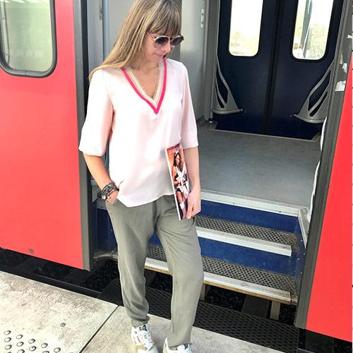 lingerie-femina-Sint-Niklaas-vanessa-met-roze-blouse