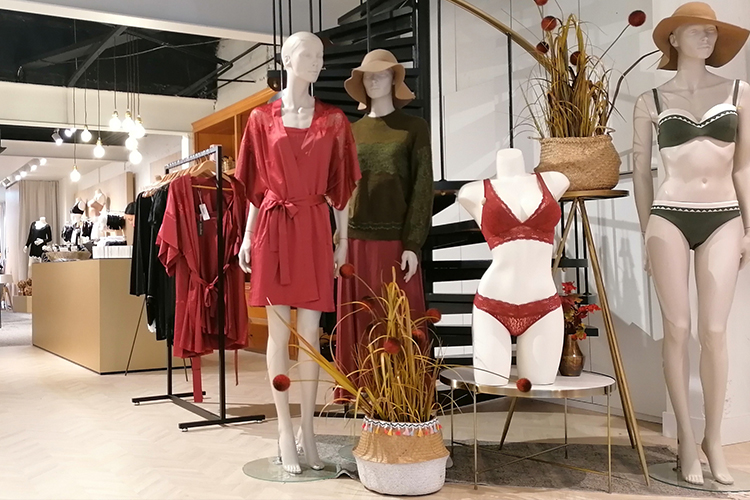 lingerie-femina-winkel-etalage