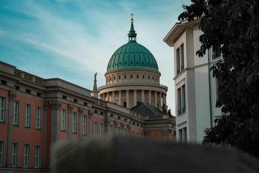 Immobilieninvestor aus Potsdam kauft fünf Fachmärkte