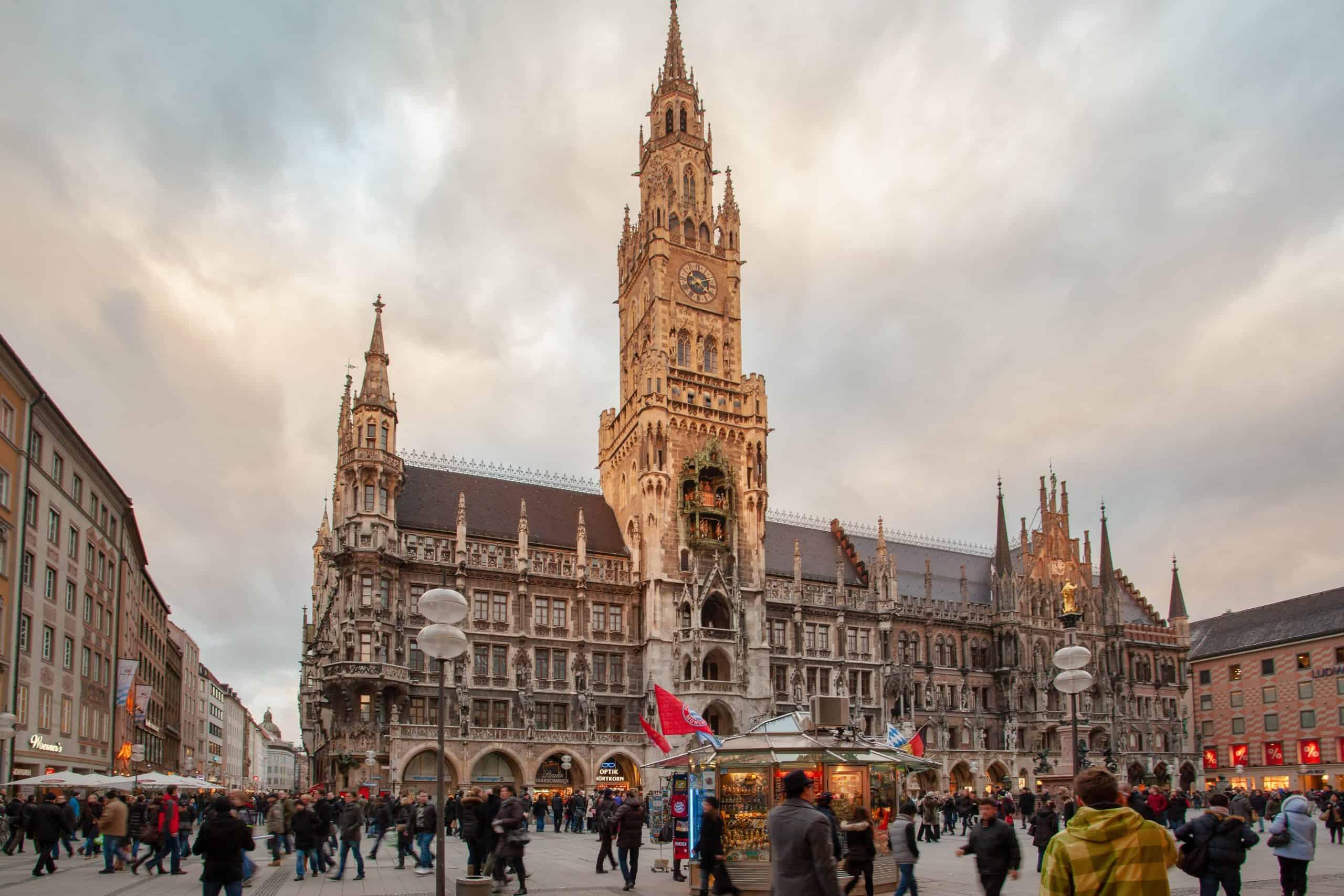 Liste von 3 Hotelinvestoren in München