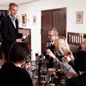 Kjær Sommerfeldt - Vinsmagning i Århus