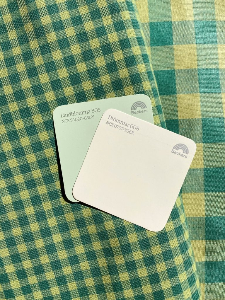 Paint swatches for our kitchen - Log Cabin Lady