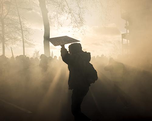 Les révoltes urbaines dans l'objectif de Paul Baudon