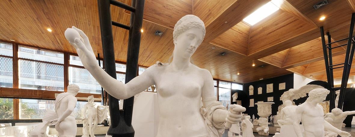 Inauguration du Cabinet d'Antiques à Paul-Valéry