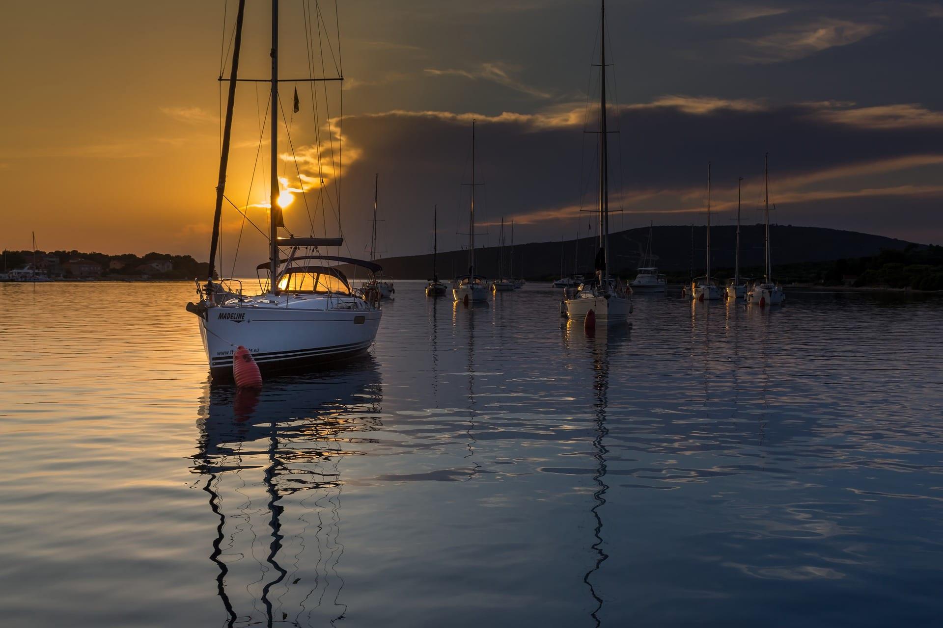 LED hodelykt for båtliv