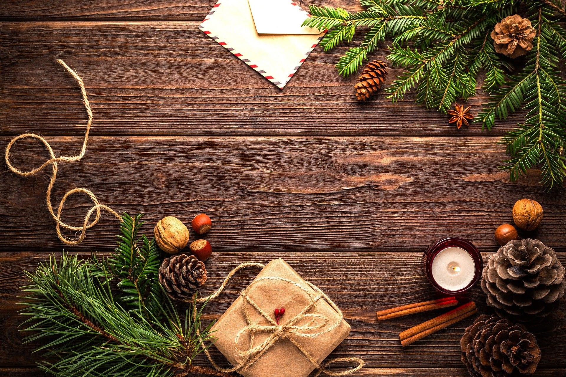 Hodelykt og lommelykt i julegave
