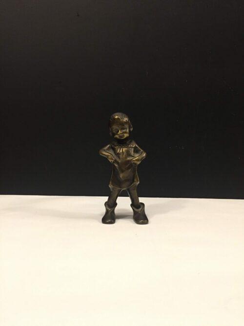 Pige bronze