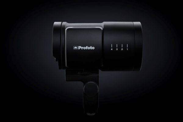 Vi19-profoto-b10-profile-productportrait