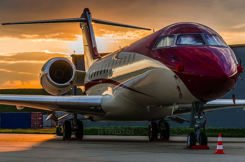 BOMBARDIER GLOBAL EXPRESS BD-700-1A1023