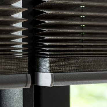 06_Entity_Group_Object_Pleated blinds_bece._370x468