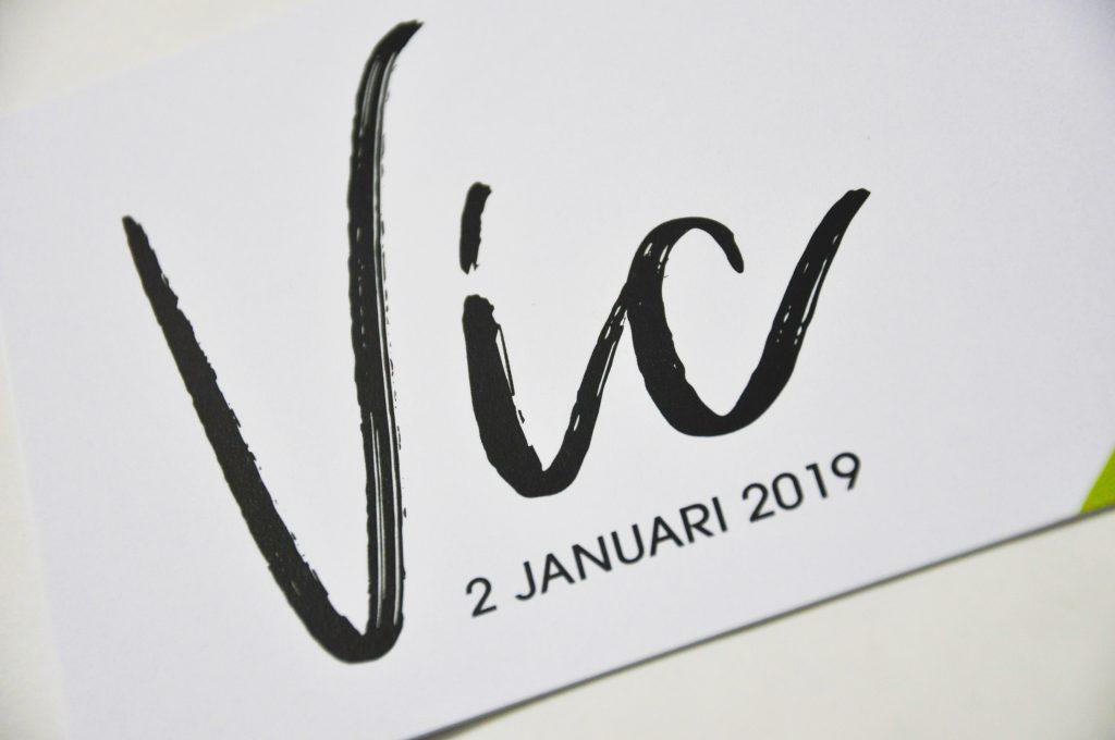 Geboortekaartje Vic detail