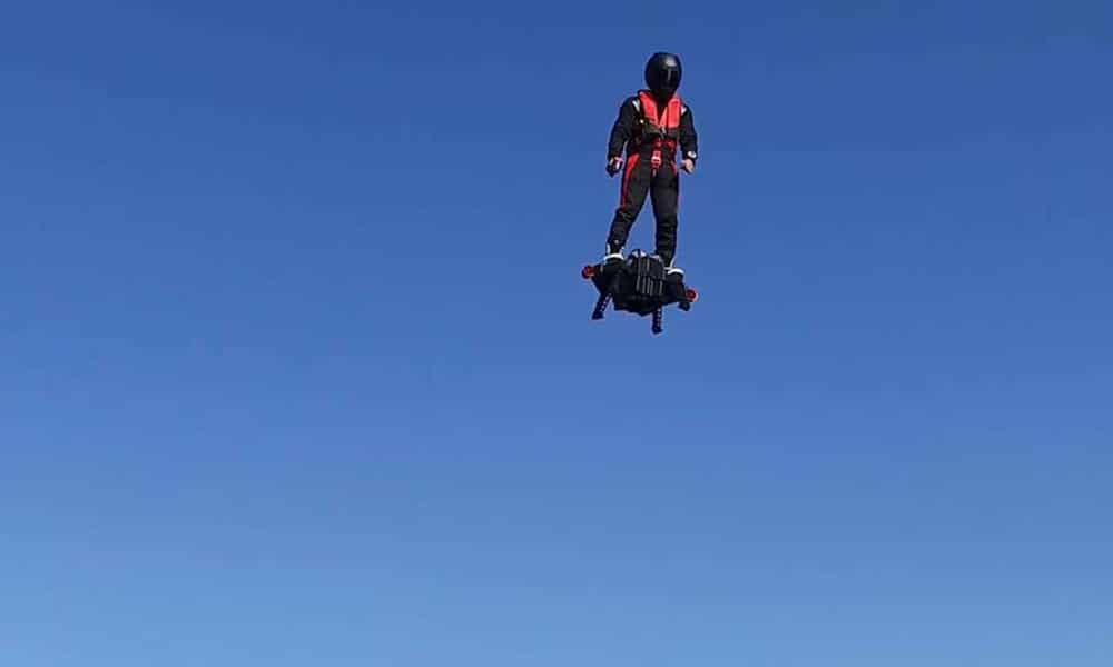 Magazine Chic - Flyboard Air Zapata Racing