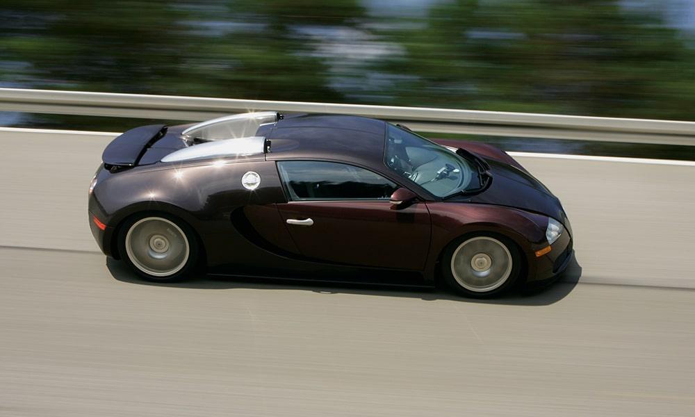 [MC] Magazine Chic - Bugatti Veyron 16.4
