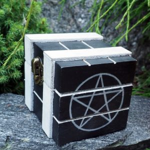 puurasia-pentagrammi-kuviolla