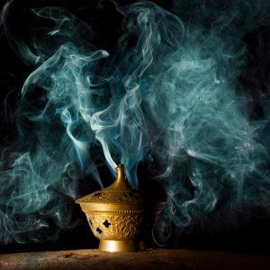 Suitsukkeet ja suitsuketarvikkeet