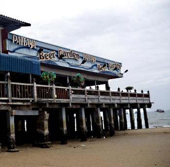 Pattaya Beer Garden - nedefra
