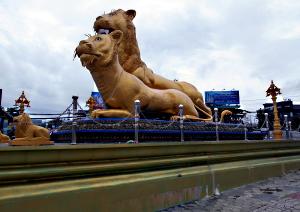 Golden lions rundkørslen - Sihanoukville